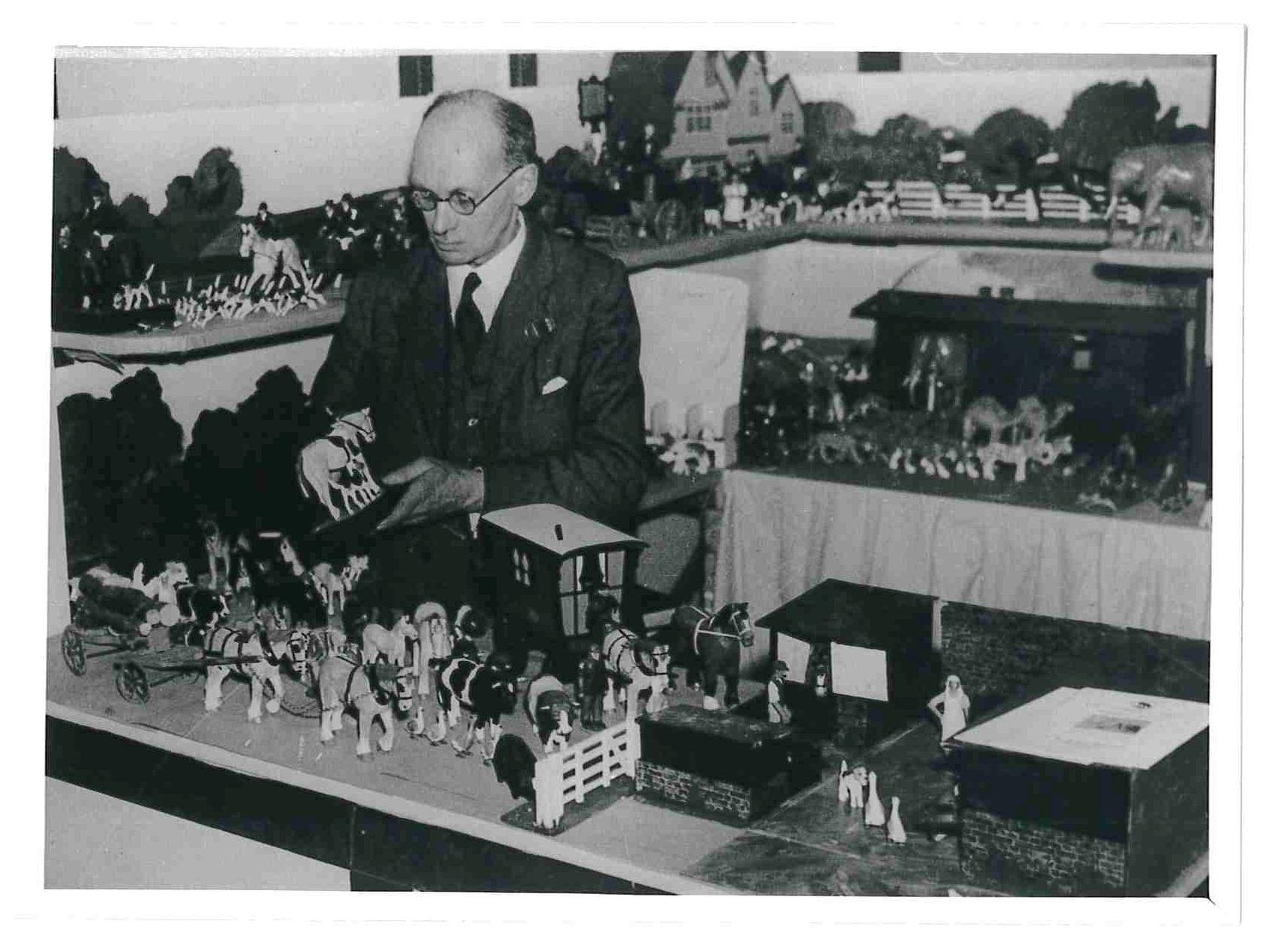 Frank Whittington at work in his Brockenhurst factory